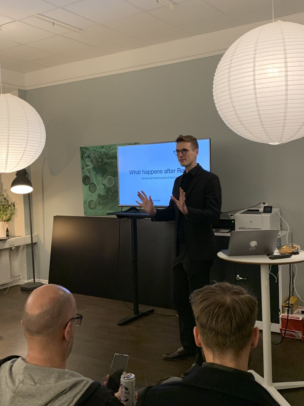 """I gave a talk at SthlmJS #58! - I gave another talk at SthlmJS (#58). This time hosted at Developers Bay, whom I work with quite a lot.The talk was about """"What happens after React?"""" and posits that non-shadow dom frameworks, like Svelte, might take over in the future because they are just so much more performant. Not to mention nice to work with!"""